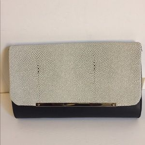 Handbags - Limited edition oversized clutch
